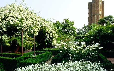 Moon garden ian barker gardens landscapers melbourne sissinghurst moon gardens in the united kingdom featuring only white flowers that are visible at mightylinksfo Image collections