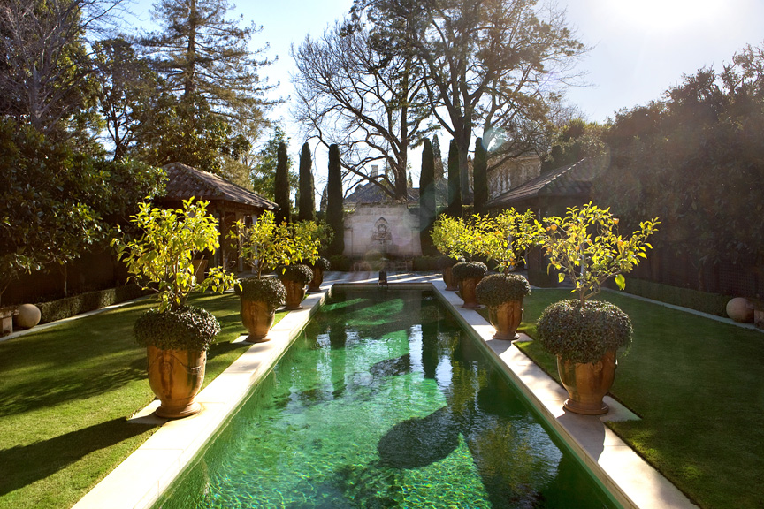 Ian barker gardens receive 2 highly commended awards at for High end landscape design