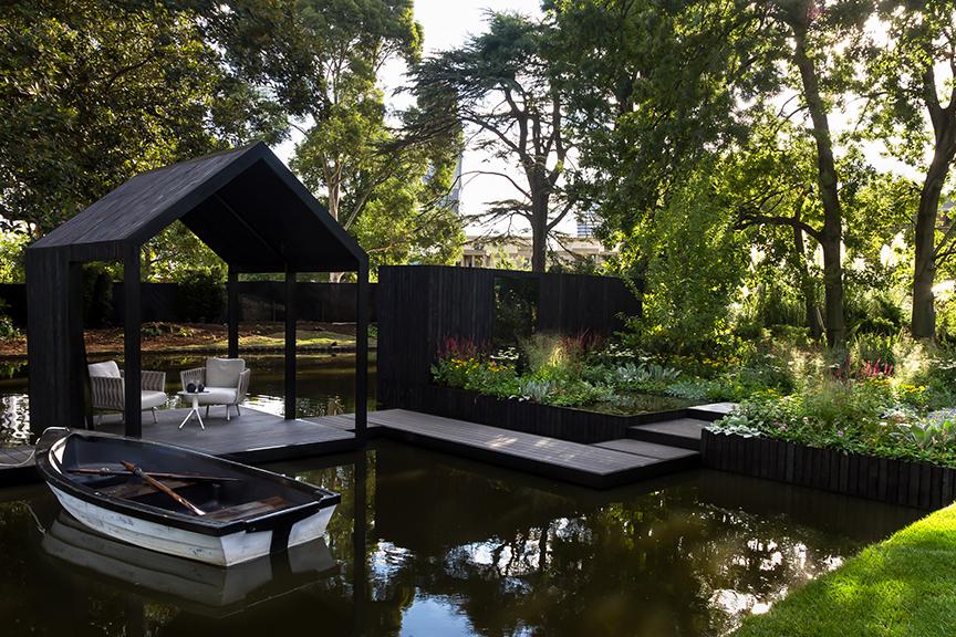 Ian Barker Gardens_Melbourne International Flower & Garden Show 2016_Erik Holt Photography_Boathouse and Boat