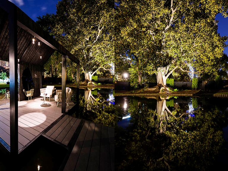 Ian Barker Gardens_Melbourne International Flower & Garden Show 2016_Jason Edwards Photography_Boahouse & Lake at Night