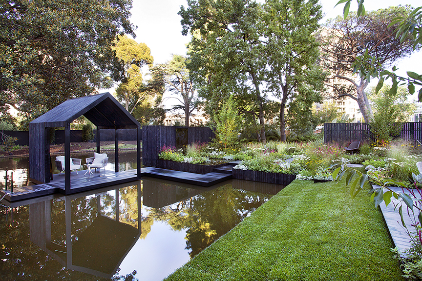 Ian Barker Gardens_Melbourne International Flower & Garden Show 2016_Sally Plottel Photography_Boathouse and Garden
