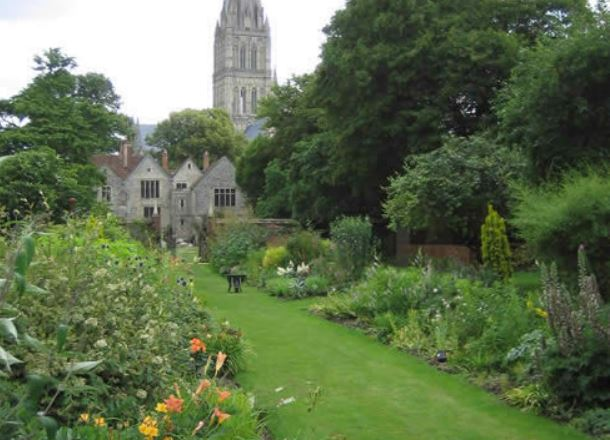 John Books International Garden Designer. Inspiration to Ian Barker Gardens